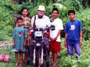 Fr Rufus, 'Popong', Halley RIP with some Muslim children